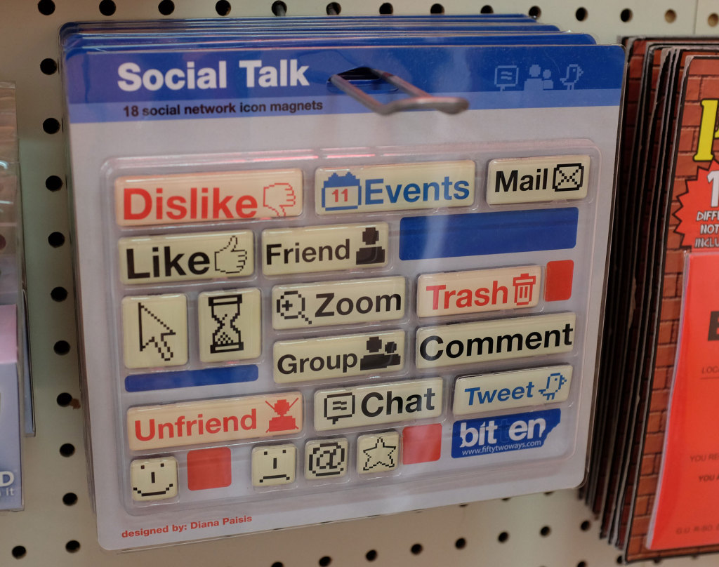 Social-talk-magnets