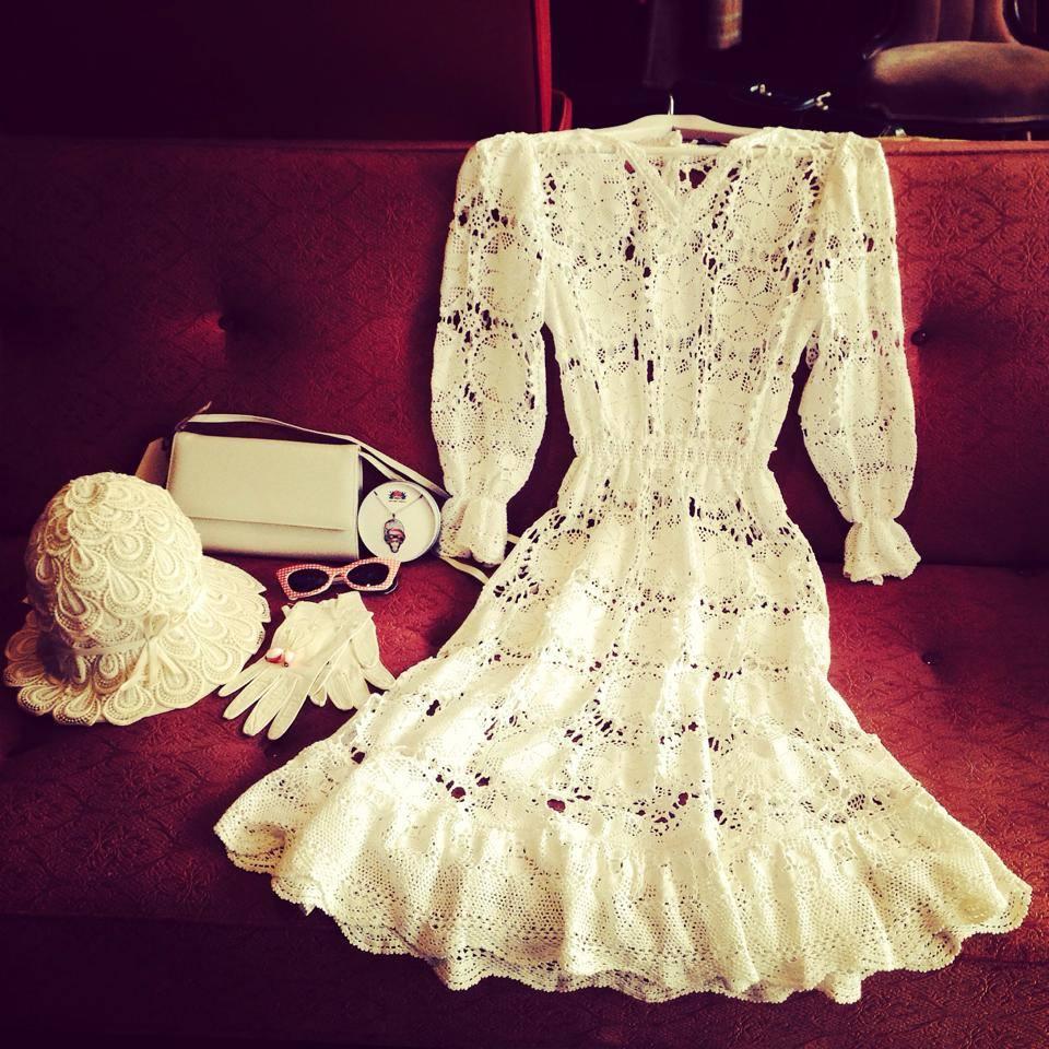 Vintage-Lace-Dress