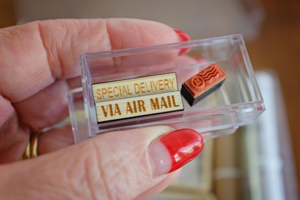 Worlds-Smallest-Postal-Service-Ink-stamps