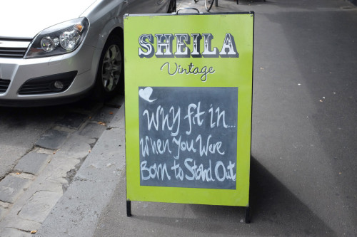 Sheila-Sign