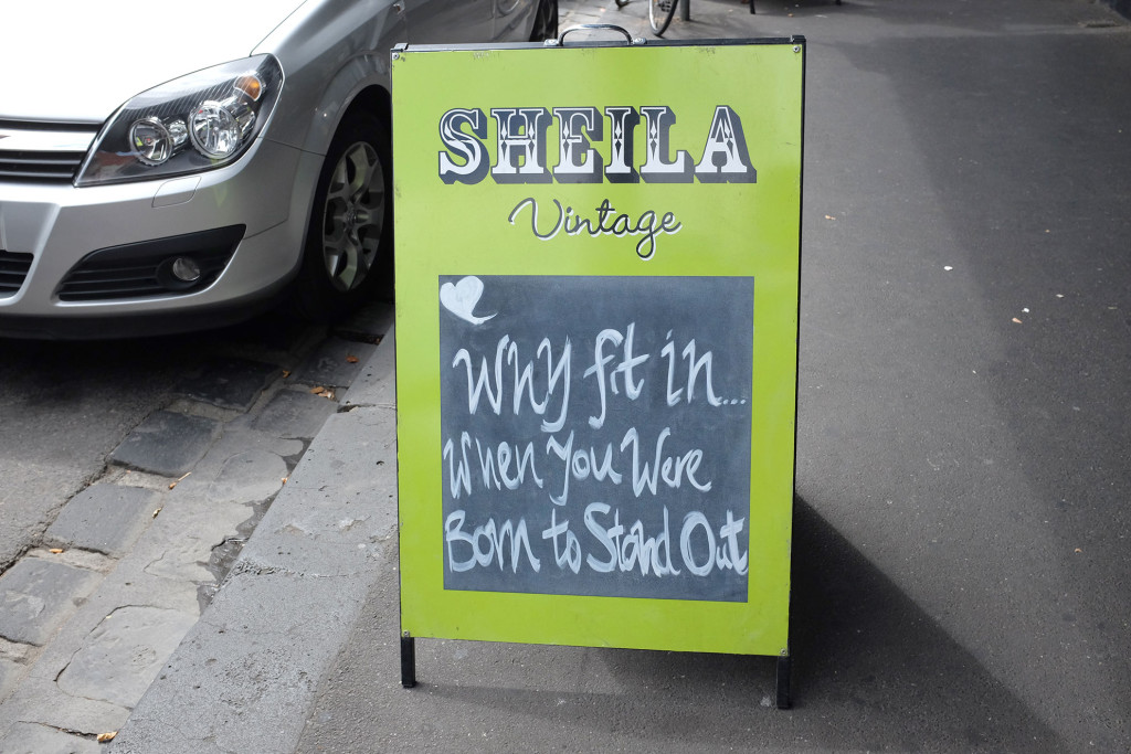 Sheila-Sign