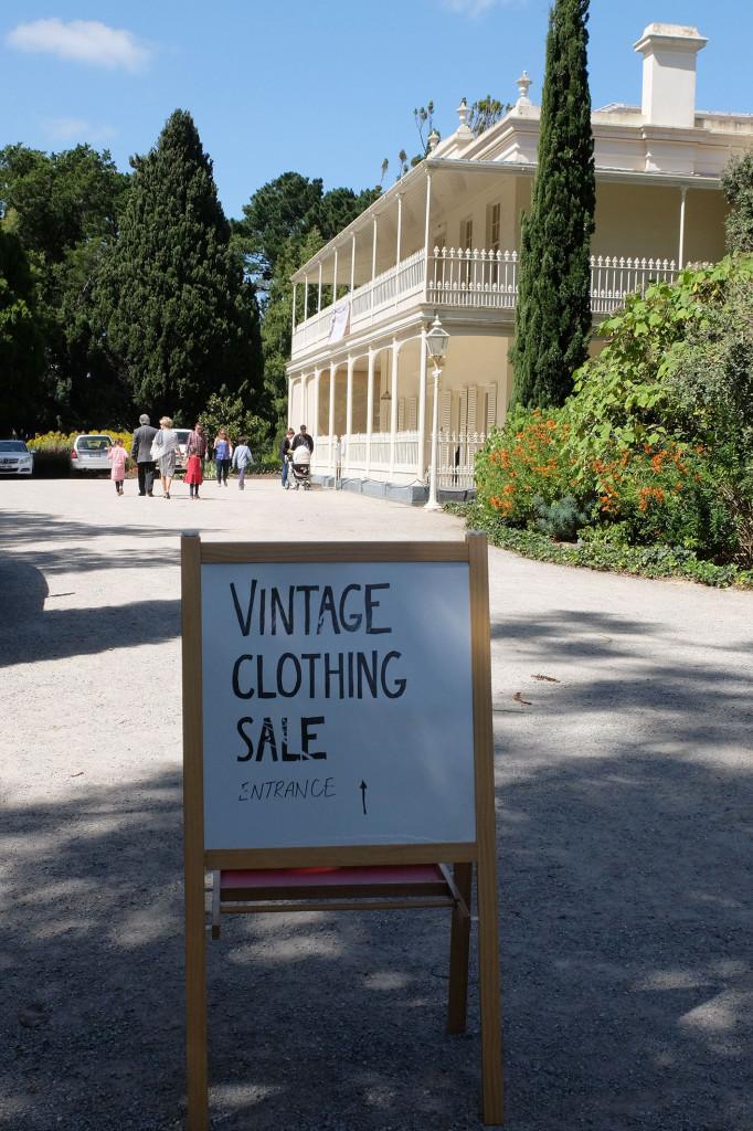 Vintage-sale