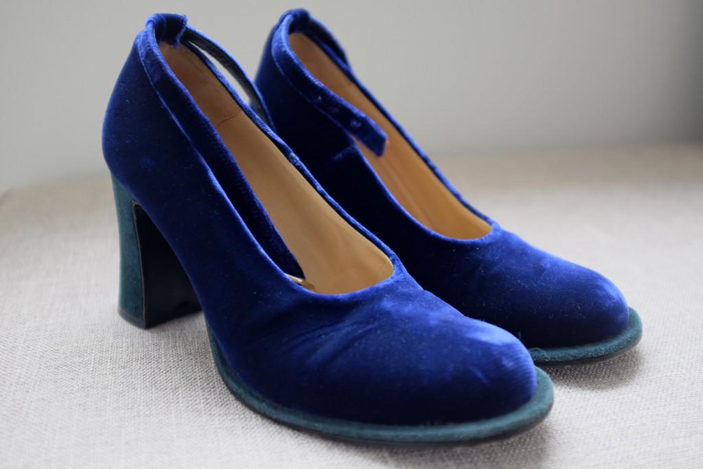 Vintage-Velvet-Shoes