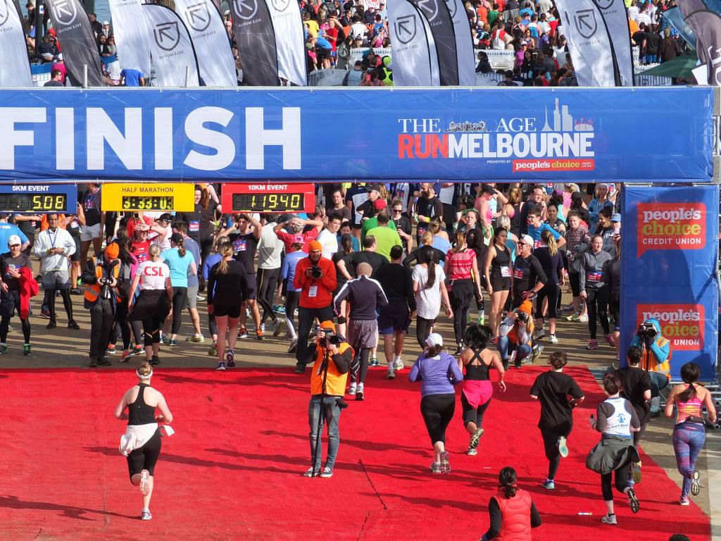 Run-Melbourne-10km-finish