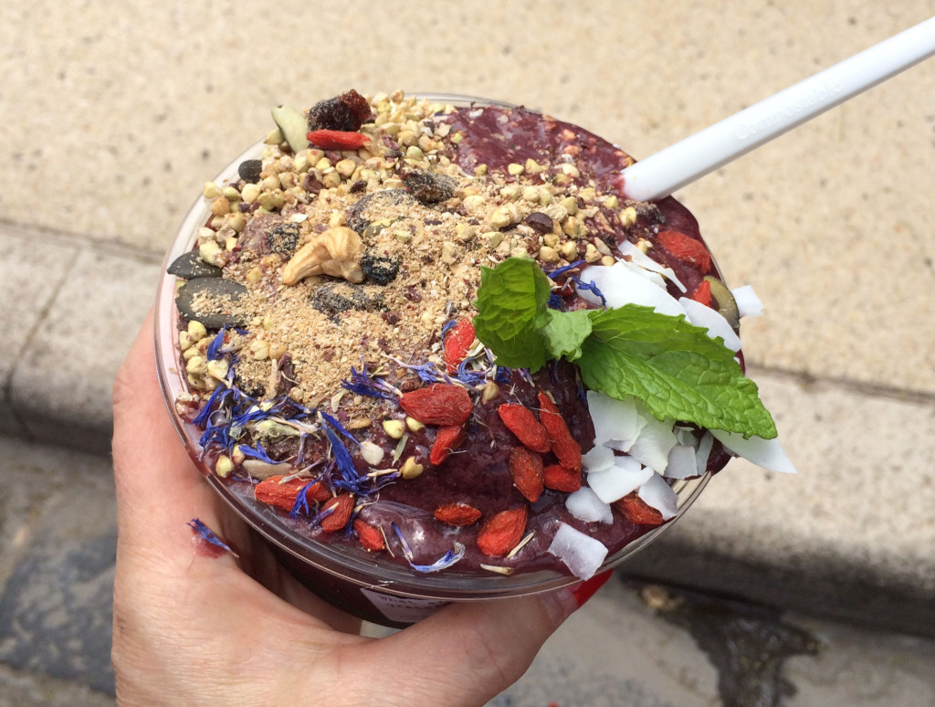 Natural-Harry-Acai-Bowl