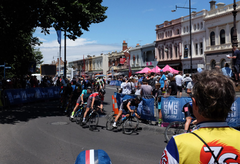 Mitchelton-Bay-Cycling-Classic-2016-Stage-4-Mens-2