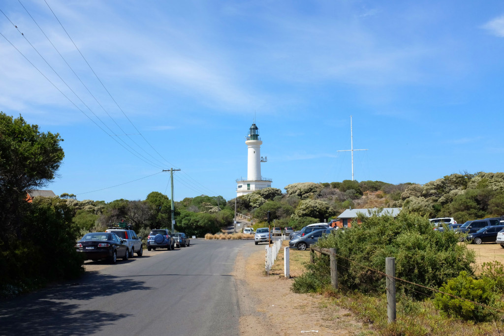 Point-Lonsdale-Lighthouse-from-road