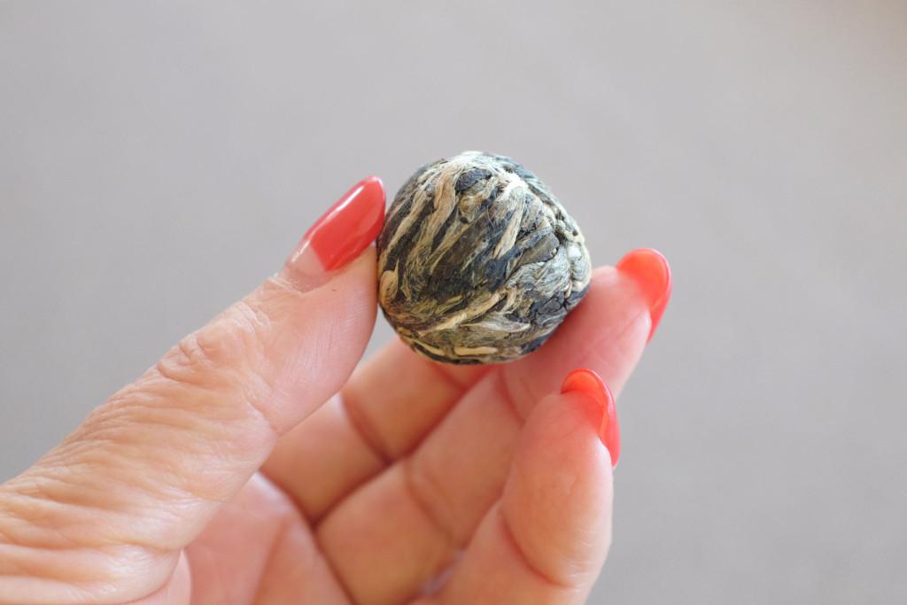 White-Tea-and-Chrysanthemum-Blooming-Tea