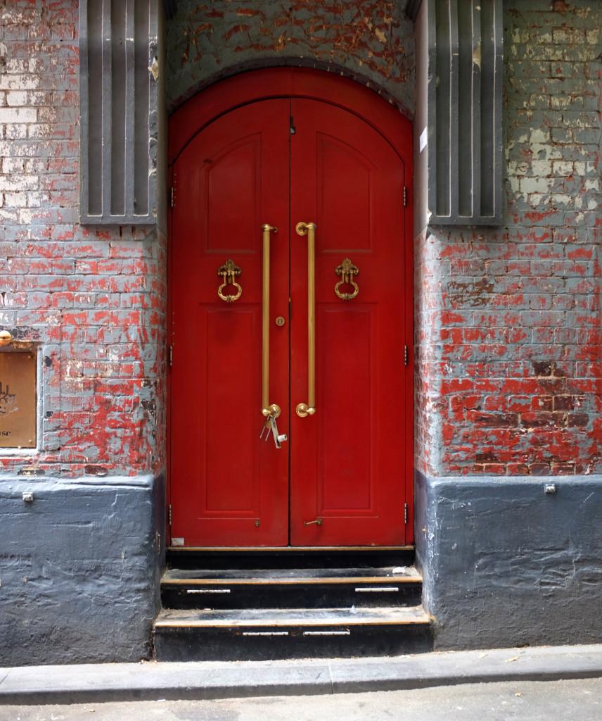 Drewery-Lane-Red-Door