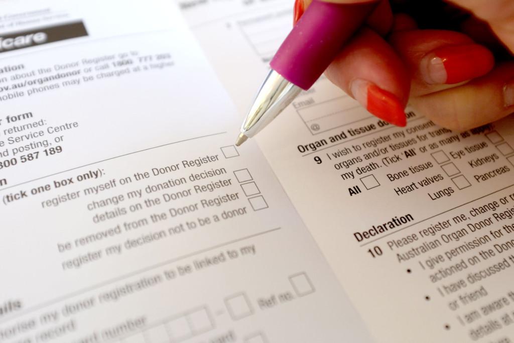 Organ-Donation-Form-filling-in