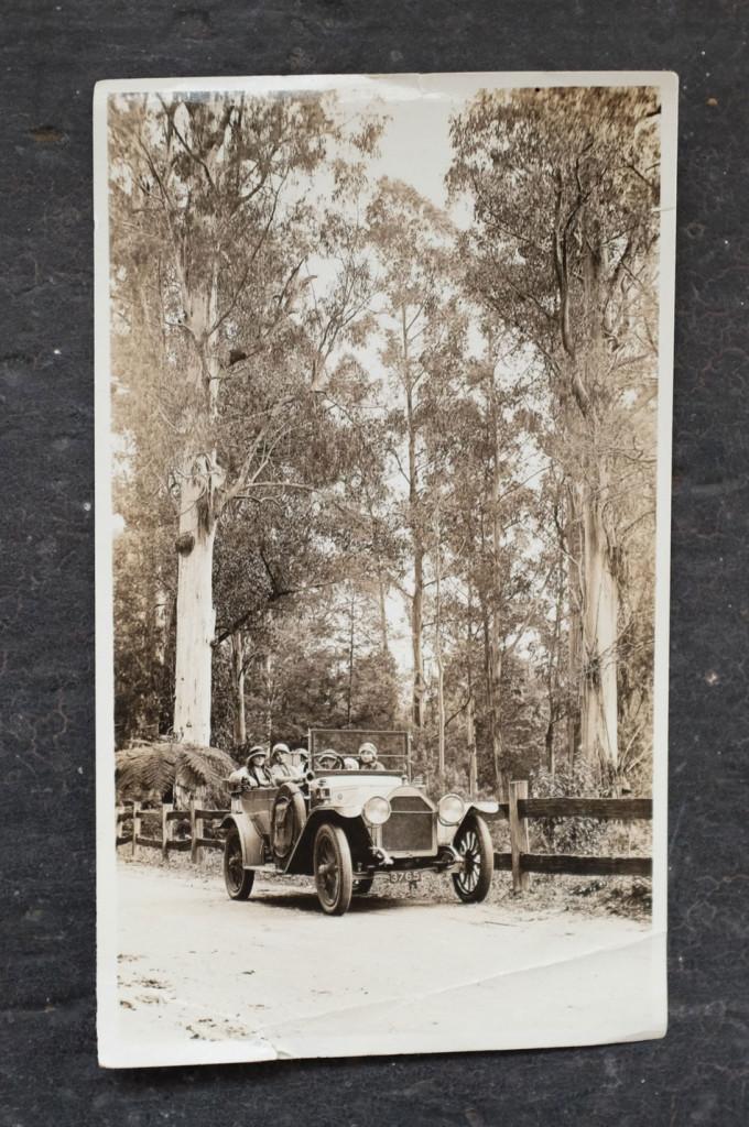 Vintage-Car-1930s