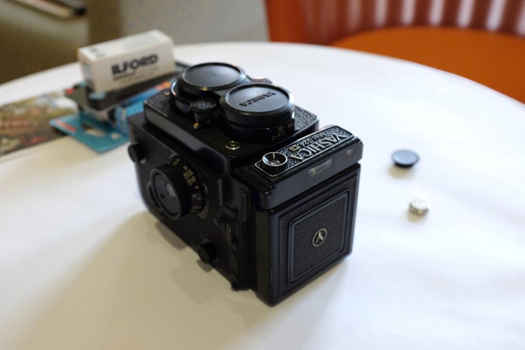 Yashica-Mat-125G-camera