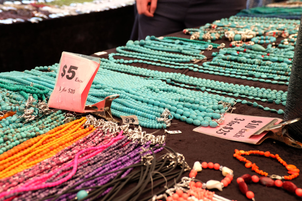 Port-Dougalas-Market-jewellery