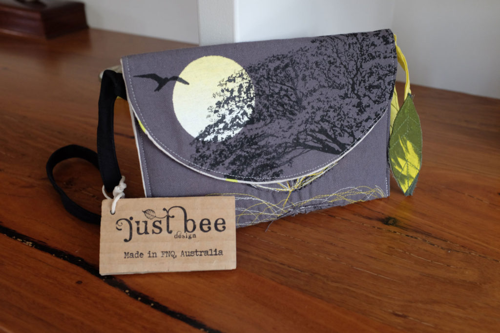 Just-Bee-Design-Clutch