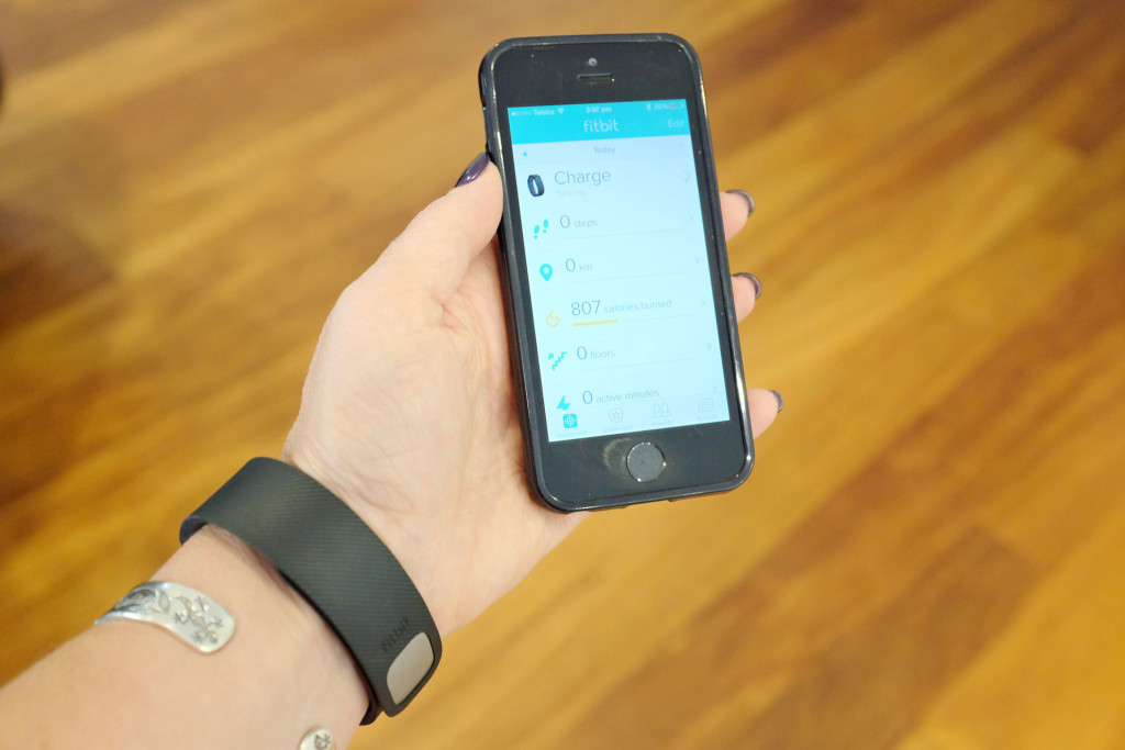 sync fitbit with iphone gadget review fitbit charge zinc moon 16216